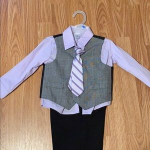Toddler boys George suit